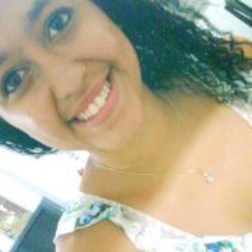 Bruna Araújo 23's avatar