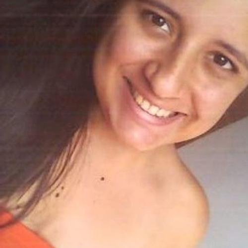 Danielle Cruz's avatar