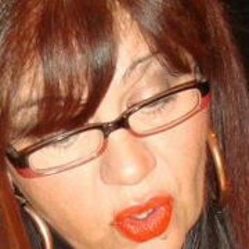 Evi Koutroumpaki's avatar