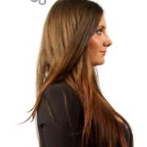 Nikoletta Fichó's avatar