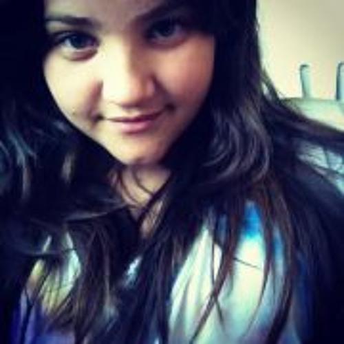 Ana Julia Gomes's avatar