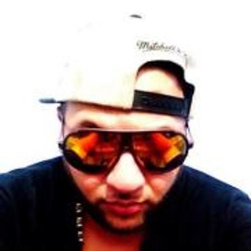 Cesar Lopez 83's avatar