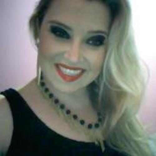 Karoline Wollensceshlager's avatar