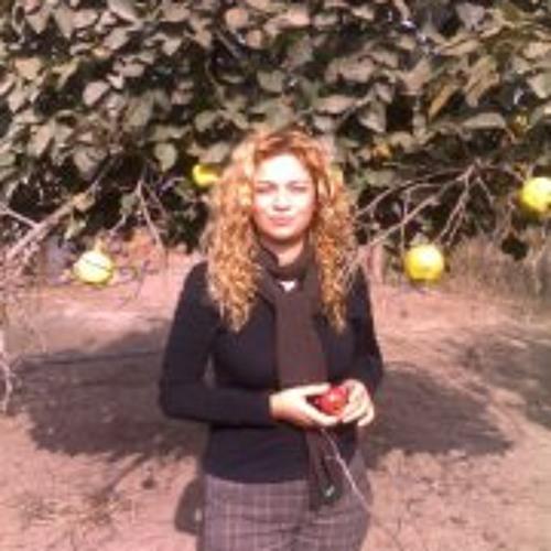 Aynur Qemberova's avatar