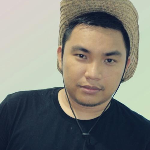 gee_abhimanyu's avatar
