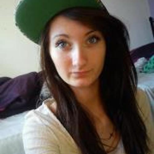 Holly Williams 11's avatar