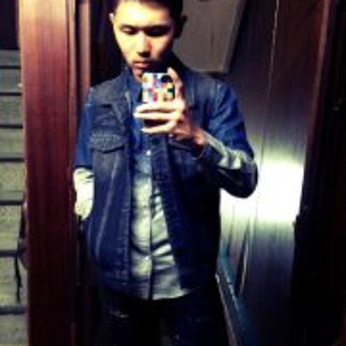 Hank Chang 4's avatar