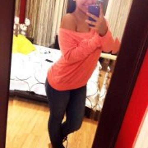 Angid Gonzalez's avatar