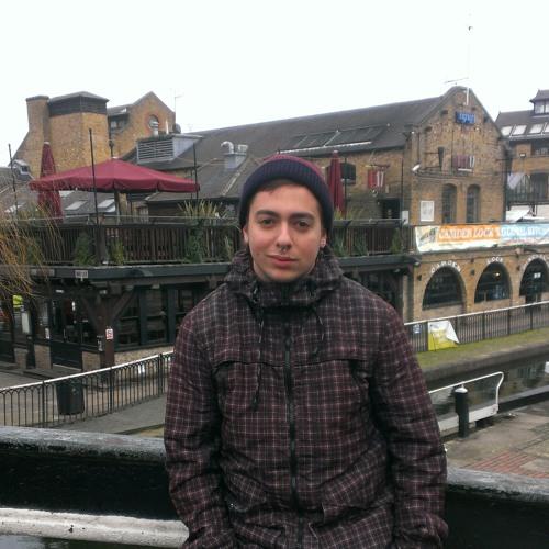 Victor Martin Llorente's avatar