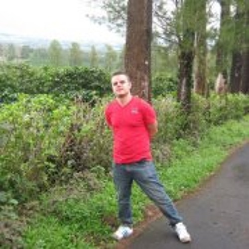 Kristofer Gil Redondo's avatar