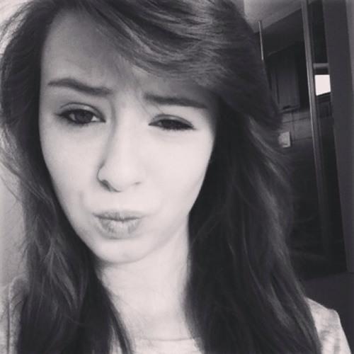 ninaa_nk's avatar