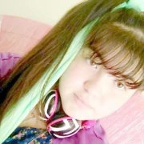 Adela Carmona's avatar