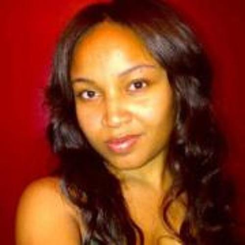 Asha Wilford's avatar