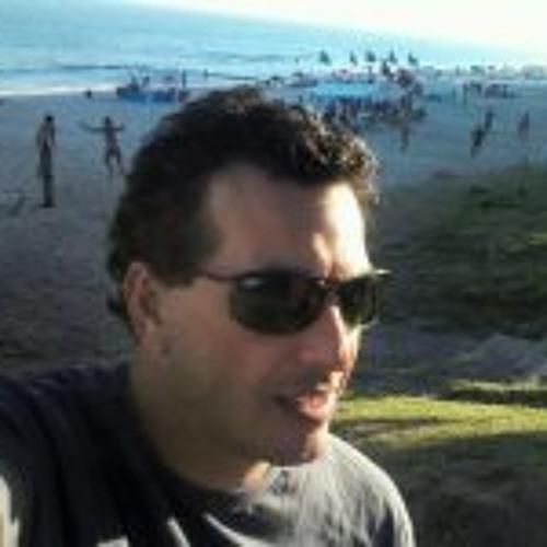 Carlos Henrique Castro 1's avatar