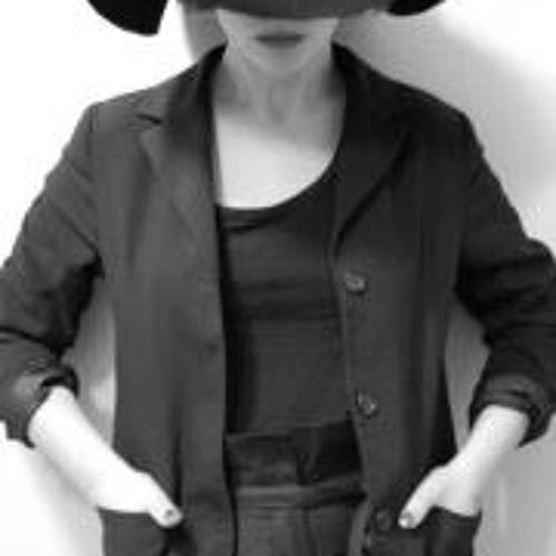 Melissa Mia's avatar