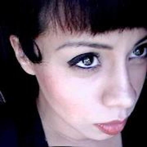 Lynda Castillo's avatar