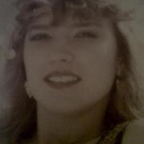 Charito Reyna's avatar