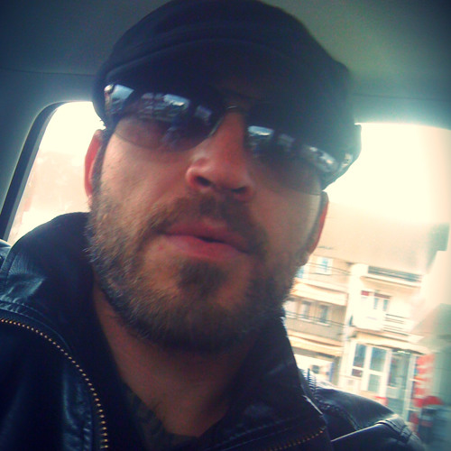 ezzze's avatar