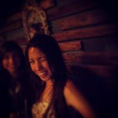 Lily SoGo's avatar