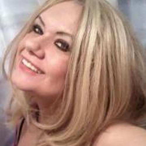 Paula Mc 2's avatar