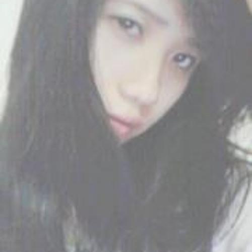 Linh Tin's avatar