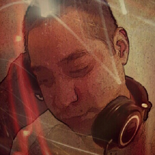 Dj YeLLaLoT's avatar