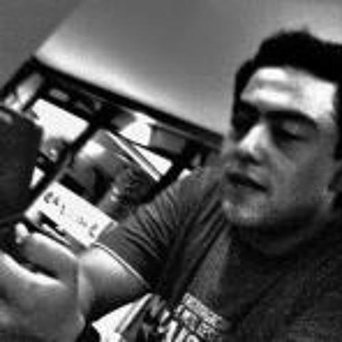 Luis Odauga's avatar