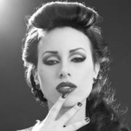 Danielle St-Laurent's avatar