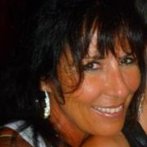 Angela Ledington-Fischer's avatar