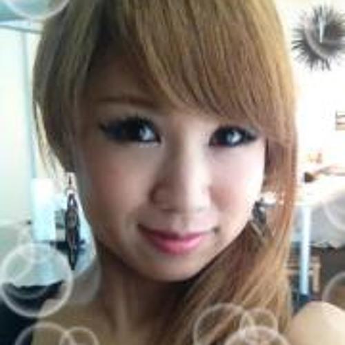 Akiko Takahashi 5's avatar