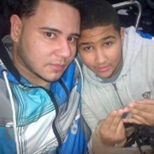 Juan Chavez 33's avatar