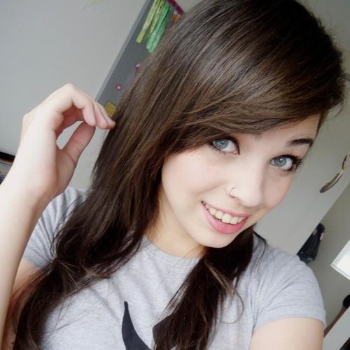 Gabriela de Albuquerque's avatar
