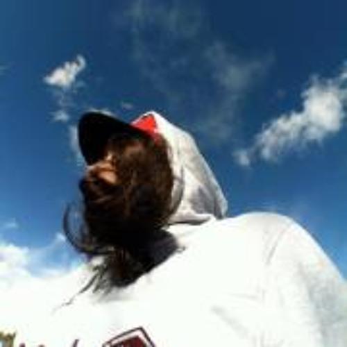 Ashley Echeandia's avatar