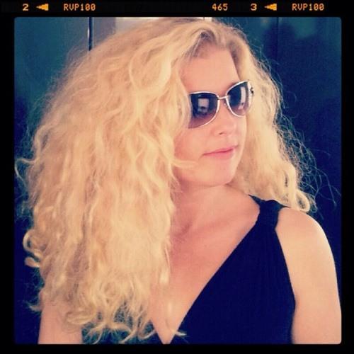 Jolanda van Hal's avatar