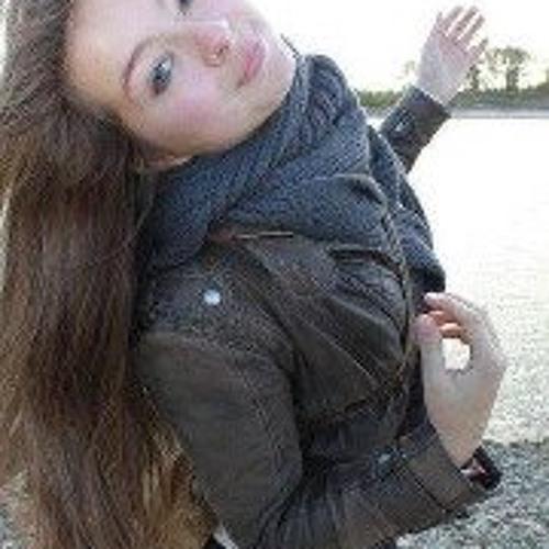 Charlotte Faltas's avatar
