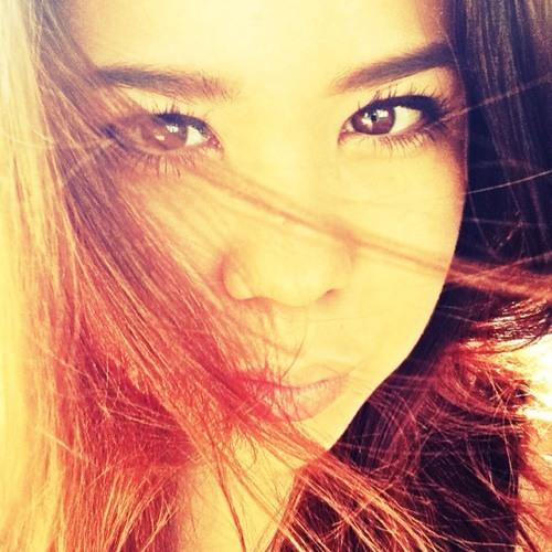 Sandi Mak's avatar