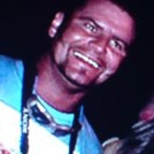 Rafa Ello 1's avatar