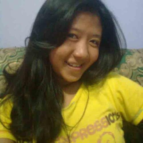 @gustiputrii's avatar