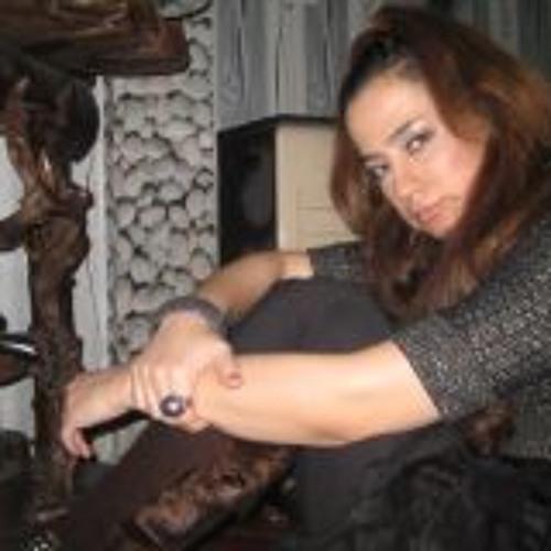 Alaleh Salehi's avatar