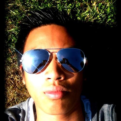 Gerard Roxas's avatar