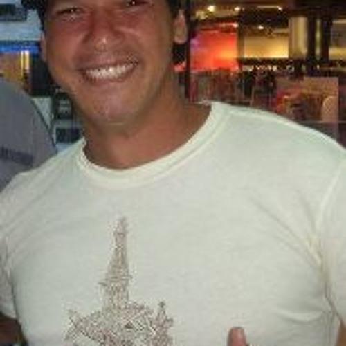 Jonathan Chang 11's avatar