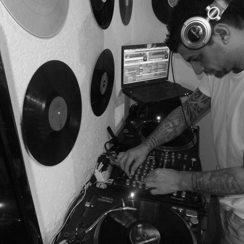DJ Nali's avatar
