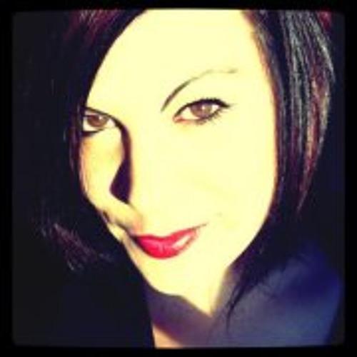 Danielle Posadas's avatar