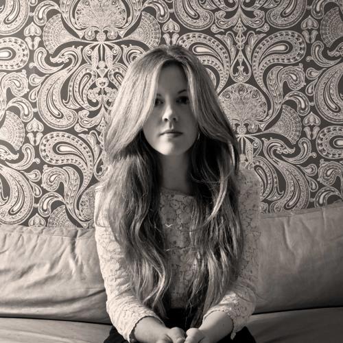 Cara Winter's avatar
