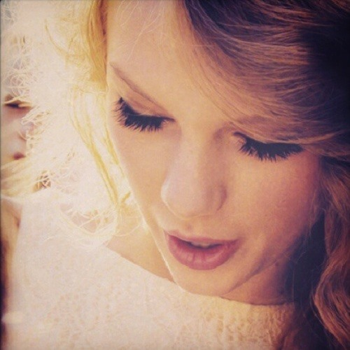 magicalswifties's avatar