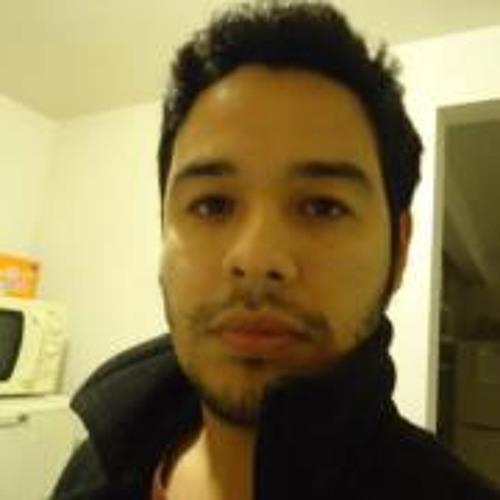 Moises Valjean Munoz's avatar