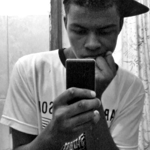 luiz lippe_'s avatar
