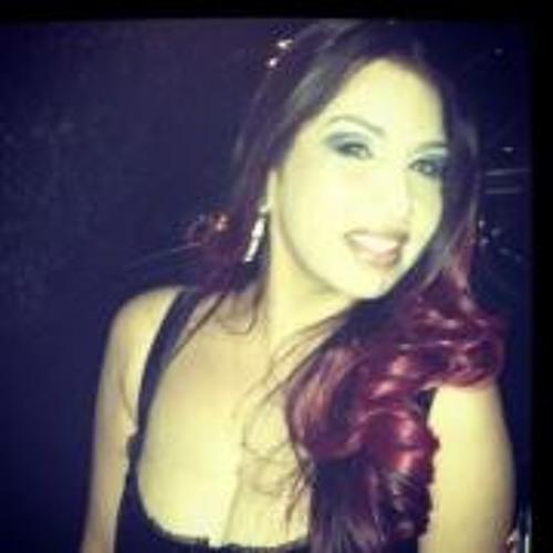 Nicole De La Rosa 1's avatar