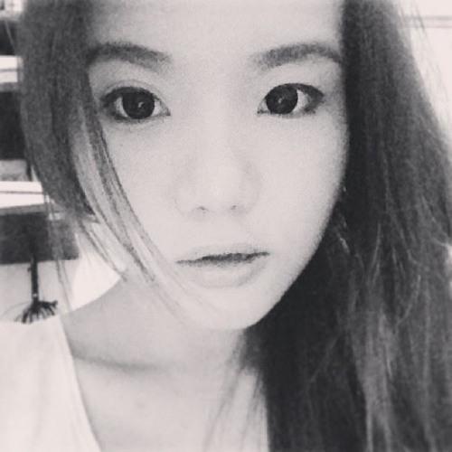 Ms. Wy's avatar
