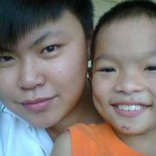 Shun Tzer Poh's avatar